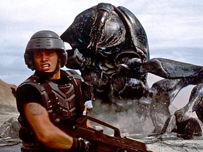 Hamguy's list of fav movies Starshiptroopers_l