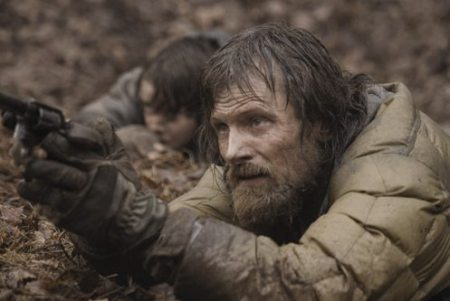 VIGGO MORTENSEN Stars In 'THE ROAD'
